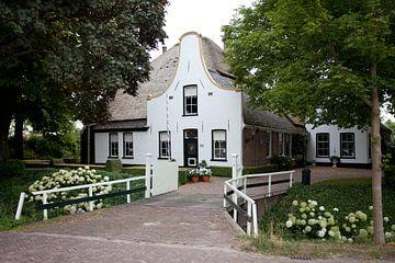 Twisk, Westfriesland: boerderij met klokgevel van Kees van Dun