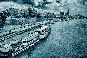 Dresde - Scène historique de la vieille ville sur le Terrassenufer sur Ullrich Gnoth