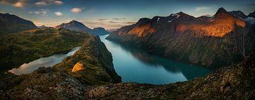 Gjende Lake Panorama van Wojciech Kruczynski