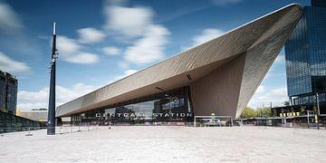 Het centraal station van Rotterdam von Menno Schaefer