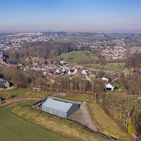 Vue aérienne de la municipalité de Simpelveld dans le sud du Limbourg sur John Kreukniet