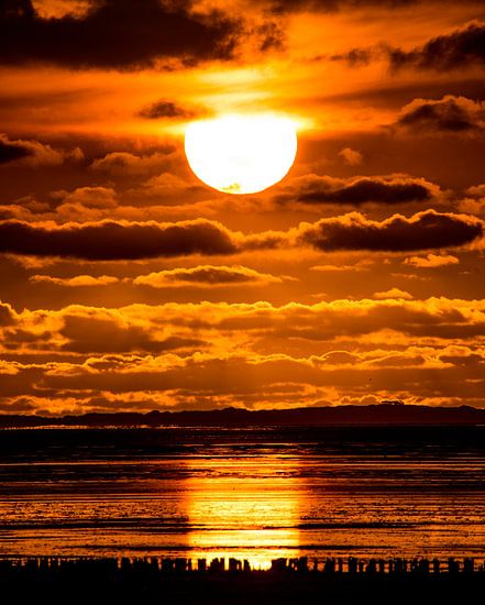 Zonsondergang bij Paesens Moddergat