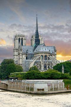 Notre-Dame de Paris sur Michaelangelo Pix