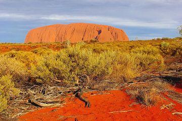 Ayers Rock, Outback,  Australië van Inge Hogenbijl