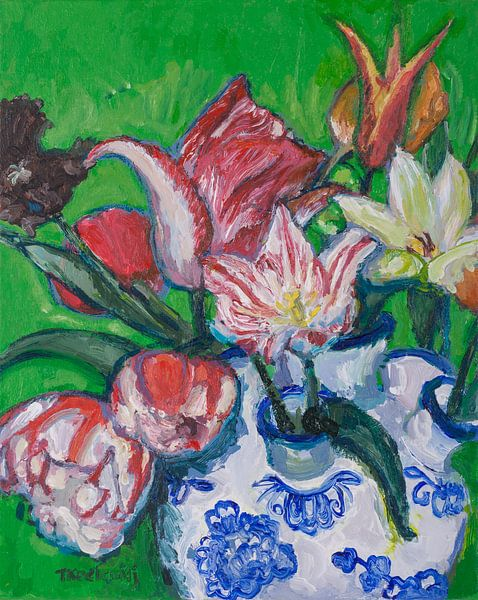 Delfts blauwe tulpenvaas met tulpen nr. 2 (groen) van Tanja Koelemij