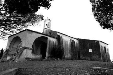 De kapel Sainte-Anne in Saint-Tropez van Tom Vandenhende