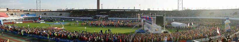 Panoramafoto start Marathon Amsterdam 2014 van Albert van Dijk