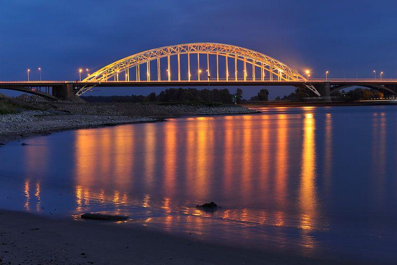 De Waalbrug bij Nijmegen van Merijn van der Vliet