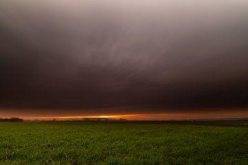 Sonnenuntergang Brabant. von Rick Ermstrang