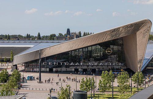 Het Centraal Station van Rotterdam vanuit een unieke hoek