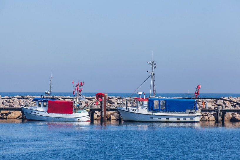 Vieux bateaux de pêche dans le port, Kühlungsborn, Mecklenburg-Vorpommern, Allemagne, Europe sur Torsten Krüger