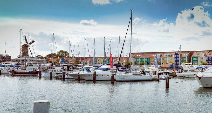 Jachthaven Hellevoetsluis sur John van Weenen