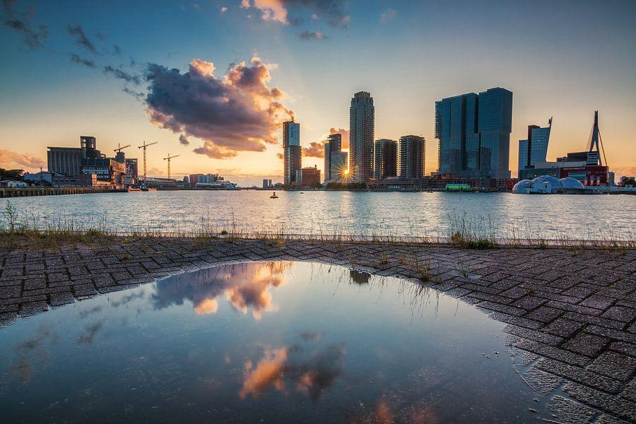 Rotterdam after the rain van Ilya Korzelius