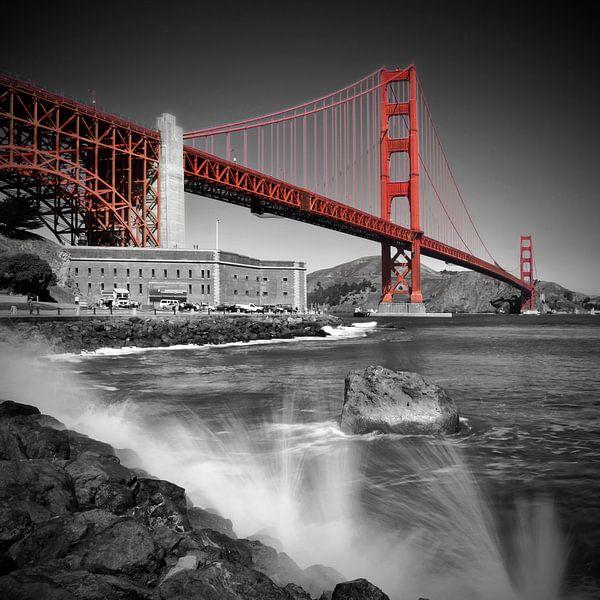 Golden Gate Bridge Fort Point van Melanie Viola