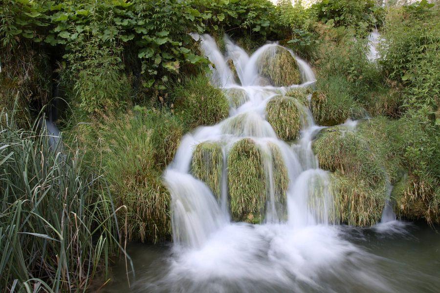 Waterval in het Plitvice N.P. in Kroatië