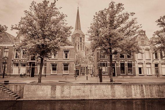 Hanze stad Kampen met een ouderwetse ansichtkaart look
