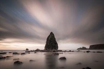 Sea stack van Peter Bijsterveld