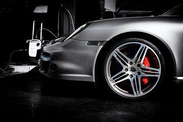 Porsche 911 turbo Typ 997.1 in special black & white von aRi F. Huber