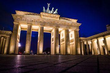 Brandenburger Tor, Nachtaufnahme von