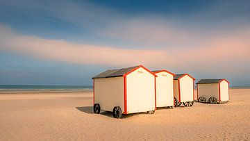 Paul en Paula op het strand van Frans Nijland
