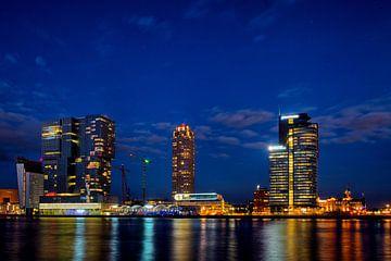 Avond, skyline Kop van zuid, Rotterdam. von George Ino