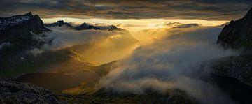 Mefjorden Cloudy Panorama von Wojciech Kruczynski