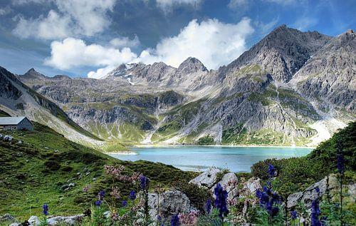 Lunersee in Oostenrijk in Brandnertal Vorarlberg van Karin van der Waal