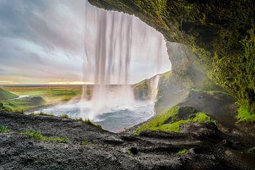 Seljalandsfoss, Iceland van Sander Schraepen