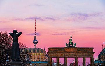 Sonnenaufgang am Brandenburger Tor von Frank Herrmann