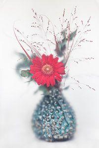 Vaas met bloemen van Christianne Keijzer