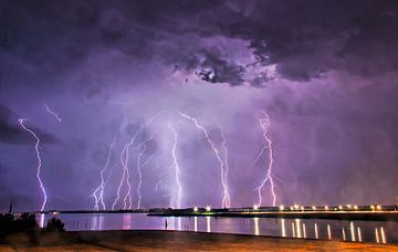 purple rain van Bas Groenendijk