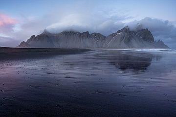 Stokksnes IJsland von Luc Buthker