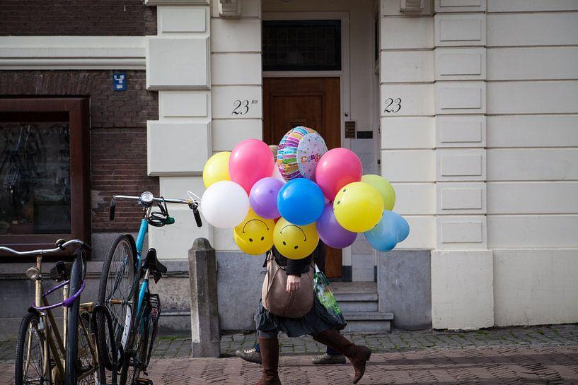 Lopende ballonnen van Canol Zeren