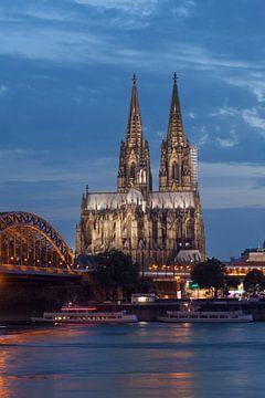 Kölner Dom , Kirche, Dom, Hohenzollernbrücke