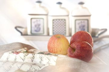 Drie appels in landhuisstijl van Tanja Riedel