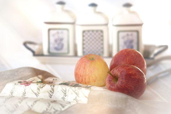 Drei Äpfel im Landhausstil