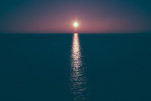 Zonsondergang boven de waddenzee nabij Terschelling van Alex Hamstra