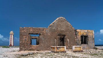 Bomba house Bonaire van
