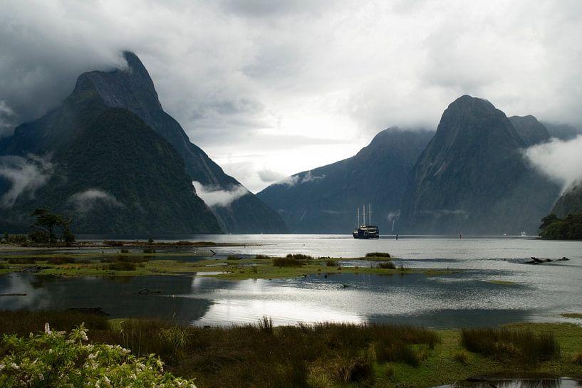 Milford Sound  van Lieke Doorenbosch