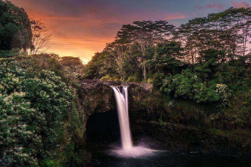 Regenboogvallen van road to aloha