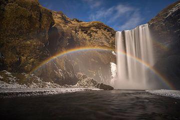 Skogafoss rainbow van