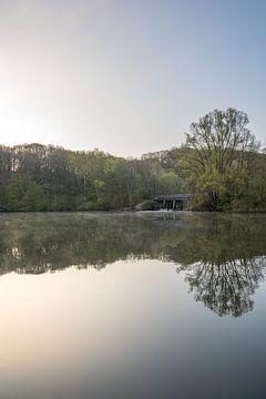 Sonnenaufgang an einem schönen Frühlingsmorgen in Cranenweyer von John van de Gazelle