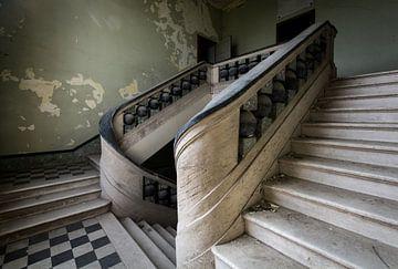 Treppe im Waisenhaus von dafne Op 't Eijnde