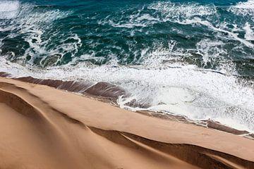 Le long mur en Namibie sur Christoph Schaible