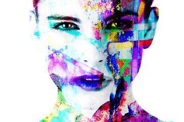Digitale Foto Kunst - Portret van Vrouw / dichtbij / ogen / lippen / abstract / kleur van Art By Dominic