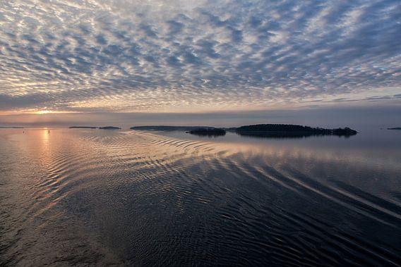 Zonsopkomst op de Stockholmfjord van Joke Beers-Blom