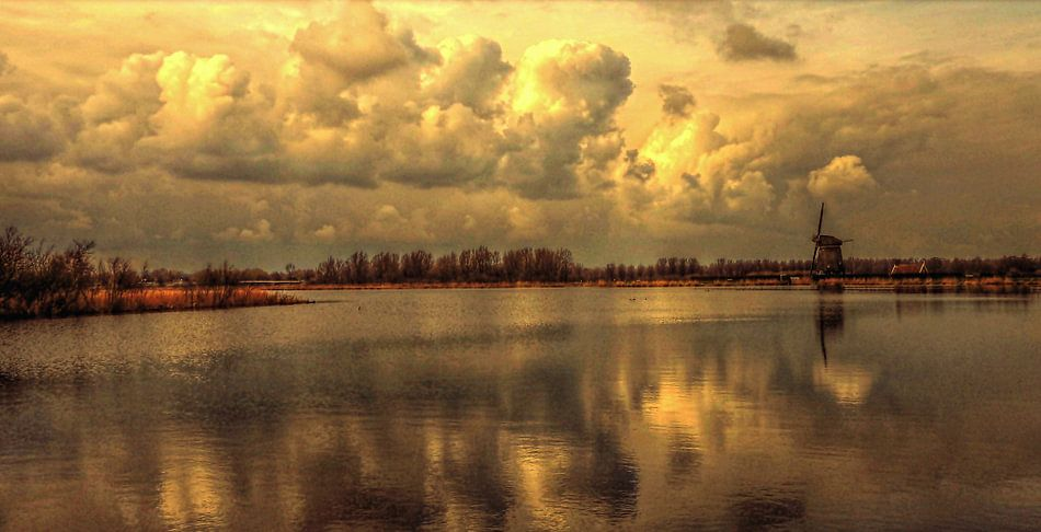 Hollands landschap --- het Gouden uur.