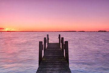 Sonnenuntergang in den Weerribben - Unkrautjäten von Marjo Snellenburg