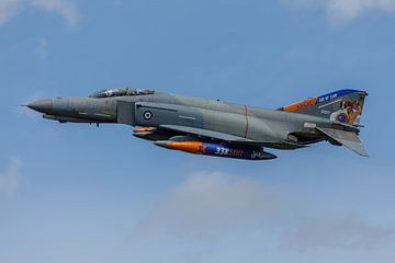 Een McDonnell Douglas F-4 Phantom II van de Griekse luchtmacht van Arjan van de Logt