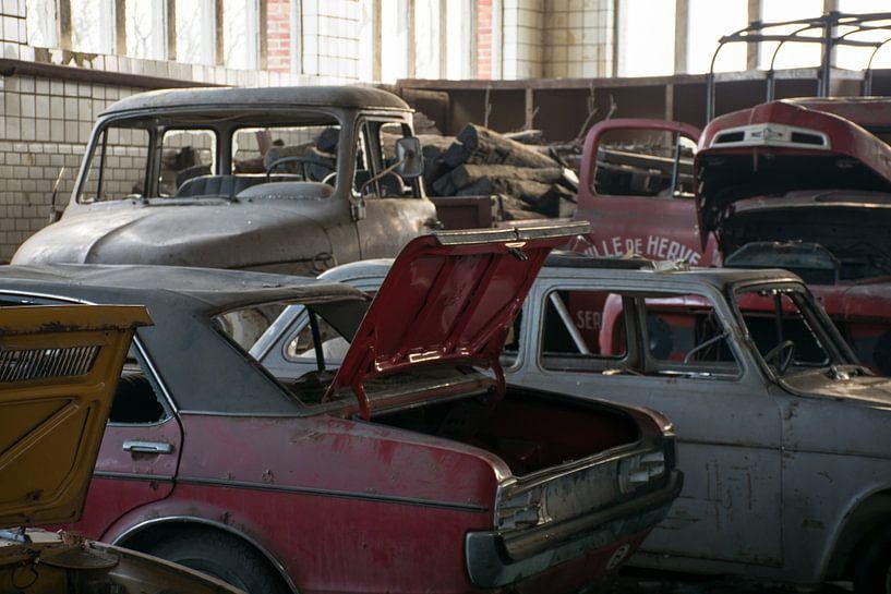 Urbex - Verlaten garage van Tim Vlielander